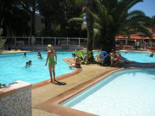 GOLFE-JUAN 4 kms Cannes Résidence hôtelière OPEN - Golfe-Juan Vallauris vacation rentals
