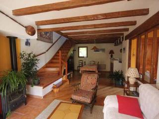 Cozy Apartment with Balcony and Wireless Internet - Villars-Colmars vacation rentals