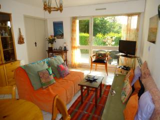 Nice Apartment with Outdoor Dining Area and Television - Trouville vacation rentals