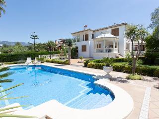VILLA ALZINA II - Bunyola vacation rentals