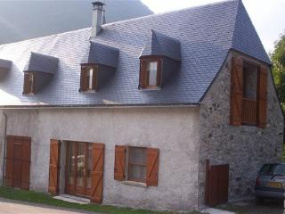 GITE 6/7 PERS. 3 CHAMBRES 4km DE ST LARY SOULAN - Guchan vacation rentals