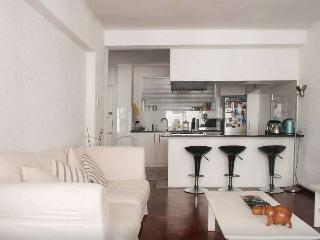 Luxury Self-Catering Apartment Green Point, SA - Sea Point vacation rentals