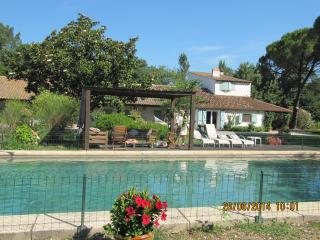 Bright 6 bedroom House in Arles with Internet Access - Arles vacation rentals