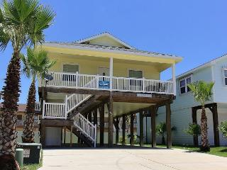 Pop-A-Top is locted near the beach, Community Pool, Sleeps 8 - Port Aransas vacation rentals