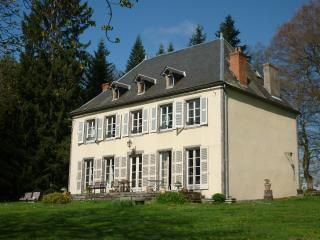 Cozy 2 bedroom Guest house in Puy-de-Dome with Internet Access - Puy-de-Dome vacation rentals