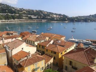 Nice Condo with Television and Water Views - Villefranche-sur-Mer vacation rentals