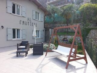 Casa al frutteto - Tignale vacation rentals