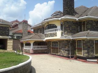 Spacious 5 bedroom Nakuru House with Internet Access - Nakuru vacation rentals