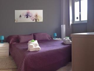 Relax and Style very close to city center - Milan vacation rentals