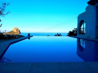 5* Luxurious Villa with Infinity Pool & Sea View - Calpe vacation rentals