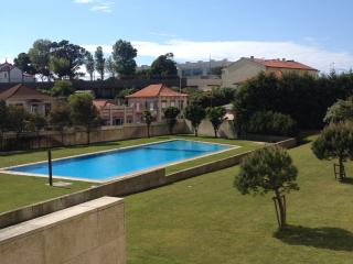 In the Sea near the City with Pool - Leca da Palmeira vacation rentals