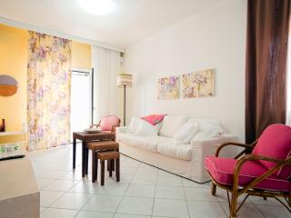 Comfortable 2 bedroom Condo in Pitsidia with Internet Access - Pitsidia vacation rentals
