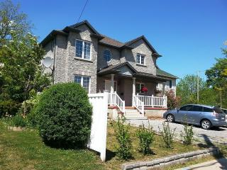 Luxurious with Nature 3 Bedroom 1.5 Bath, Unit 2 - Niagara Falls vacation rentals