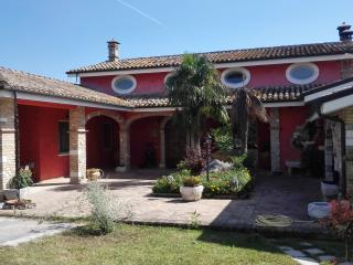Nice Villa with Deck and Internet Access - Cepagatti vacation rentals