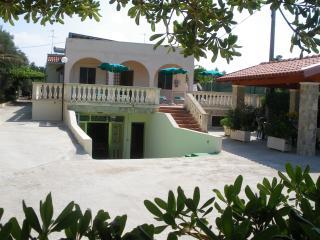 Villa Salento in prossimità di Gallipoli - Capilungo vacation rentals