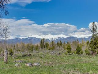 Secluded, custom-built home w/ views of Continental Divide! - Fraser vacation rentals