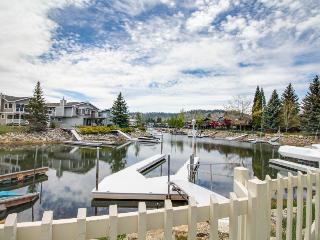 Cozy lakeside home on Tahoe Keys w/hot tub & boat dock! - South Lake Tahoe vacation rentals