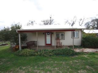 Buffalo Creek Spa Cabin - Fredericksburg vacation rentals