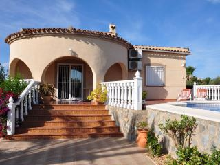 Lovely 3 bedroom Catral Villa with Internet Access - Catral vacation rentals