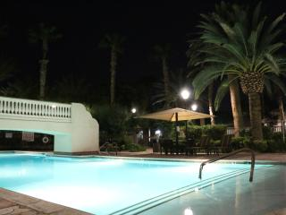Living in paradise,  community at golf course - Las Vegas vacation rentals