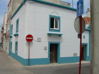 Peniche house in the historic cente - Sao Pedro vacation rentals