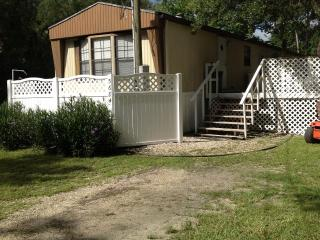 2 bedroom House with Deck in Homosassa - Homosassa vacation rentals