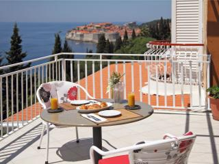 Lovely 2 bedroom Condo in Dubrovnik - Dubrovnik vacation rentals