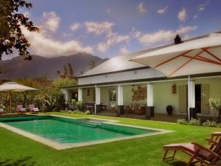 Cozy 3 bedroom Franschhoek Villa with A/C - Franschhoek vacation rentals