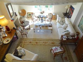 Provence:  Uzes, Near Place Aux Herbes, 1 BR Apartment with Pool, 16th c home, - Uzes vacation rentals