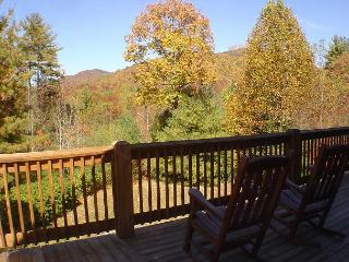 """APPALACHIAN ADVENTURES"" Log Home - Memorial Day Weekend Available! - Deep Gap vacation rentals"