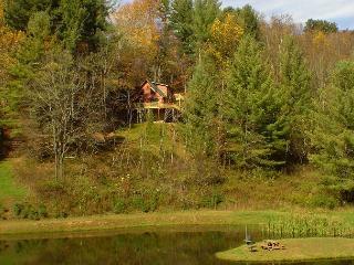"""SUNRISE SENSATION"" -Beautiful Views W/Hot Tub - Memorial Day Weekend Avail! - Grassy Creek vacation rentals"