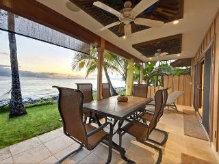 Private Jewel Right on the Ocean! - Lahaina vacation rentals