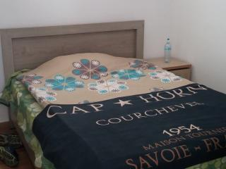 lovely double room in a private house - Holon vacation rentals