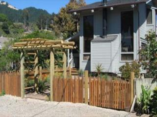 Two story beach cottage with private yard and hot tub - Stinson Beach vacation rentals