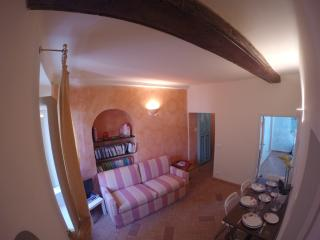 Wonderful 2 bedroom Bonassola Apartment with Dishwasher - Bonassola vacation rentals