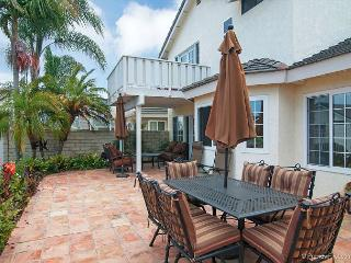3BR/2.5BA Carlsbad House, Ocean Views, Close to Beach and LEGOLAND, Sleeps 8 - Carlsbad vacation rentals
