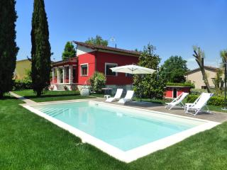 Le Rondini up to 6 person with private pool - San Leonardo in Treponzio vacation rentals