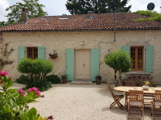 18th centuary Farmhouse in Villereal, private pool - Bournel vacation rentals