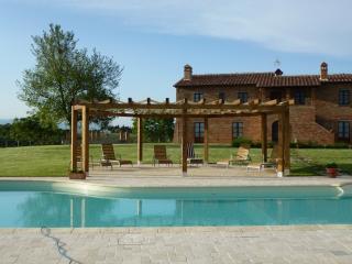 6 bedroom Villa with Internet Access in Marciano Della Chiana - Marciano Della Chiana vacation rentals