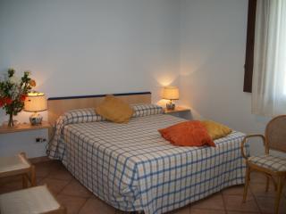 Le Poiane B&B Appartamento quadruplo - San Piero Patti vacation rentals