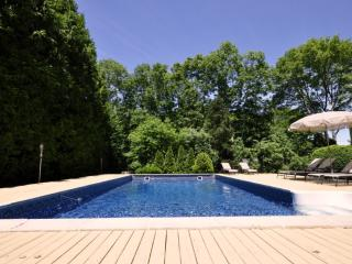 Hampton Bays,nice 4Br,2ba.CAC,IGP,Billiard,Tennis - Hampton Bays vacation rentals