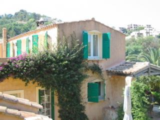 maison confortable  avec jardin, plage à pieds - La Croix-Valmer vacation rentals