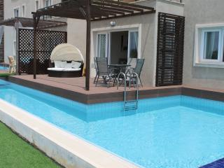 Beautiful 3 bedroom Condo in Bogaz - Bogaz vacation rentals