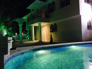 Mya's Castle  VIP Vacation Villa by the sea - Eilat vacation rentals