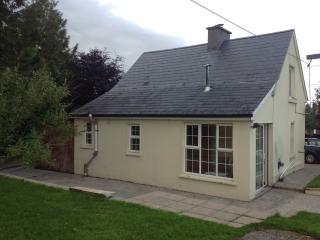 Cashel country cottage - Cashel vacation rentals
