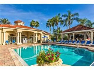 EMERALD ISLAND RESORT 2701 Prestigious Gated Resort 4 bed/3.5 -3 miles to Disney - Kissimmee vacation rentals