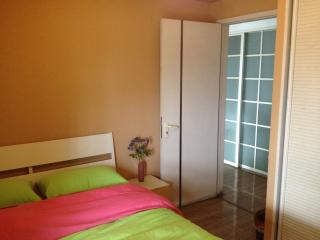 Nice 1 bedroom Condo in Chengdu - Chengdu vacation rentals