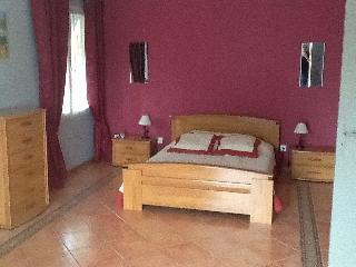 Bright 5 bedroom Villa in Carpentras - Carpentras vacation rentals