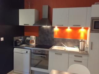 appartement RDC 2 étoiles 30m2 - Rochefort vacation rentals