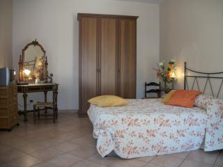 Le Poiane B&B camera doppia - San Piero Patti vacation rentals